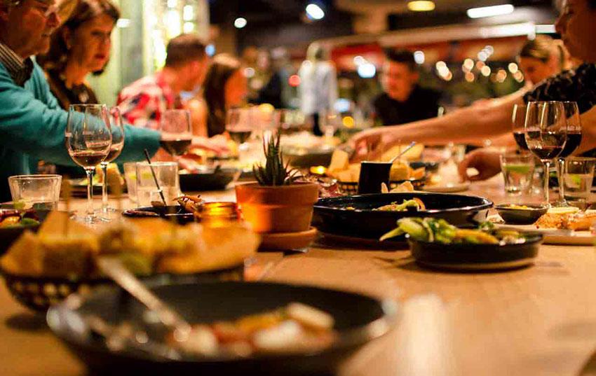 18 اصطلاح کاربردی برای اسپیکینگ آیلتس_موضوع:Restaurant Food